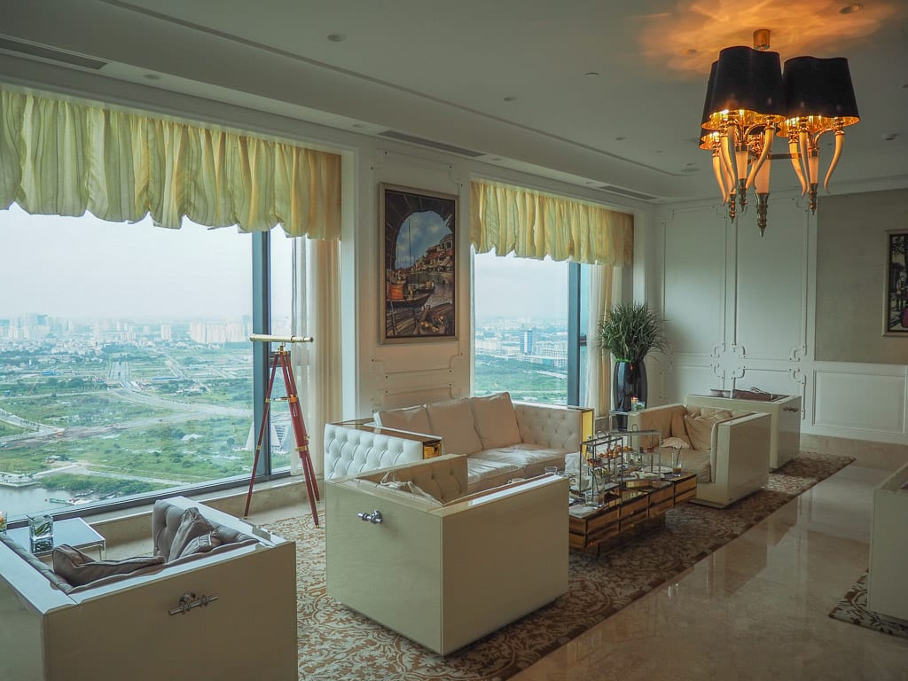 Reverie Saigon 74 - REVIEW - The Reverie Saigon : Junior suite