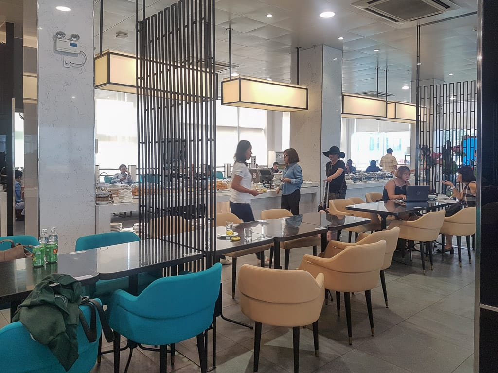 lotus lounge SGN domestic