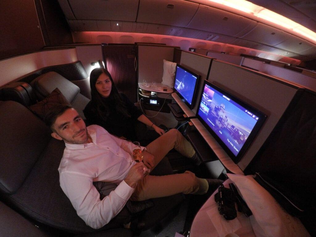 Q suites QR LHR DOH 22 1024x768 - REVIEW - Qatar Airways : Q Suites Business Class - B777 - London (LHR) to Doha (DOH)