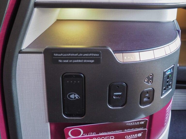 Q suites QR LHR DOH 8 768x576 - REVIEW - Qatar Airways : Q Suites Business Class - B777 - London (LHR) to Doha (DOH)