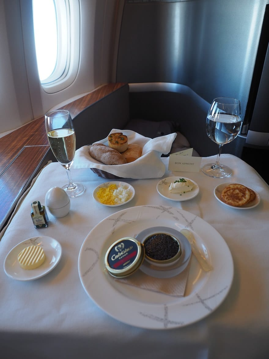 CX F MXP 28 - REVIEW - Cathay Pacific : First Class - B777 - Milan (MXP) to Hong Kong (HKG)