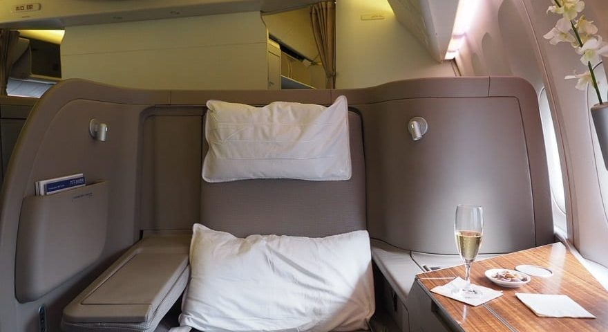 CX F MXP 4 880x480 - REVIEW - Cathay Pacific : First Class - B777 - Milan (MXP) to Hong Kong (HKG)