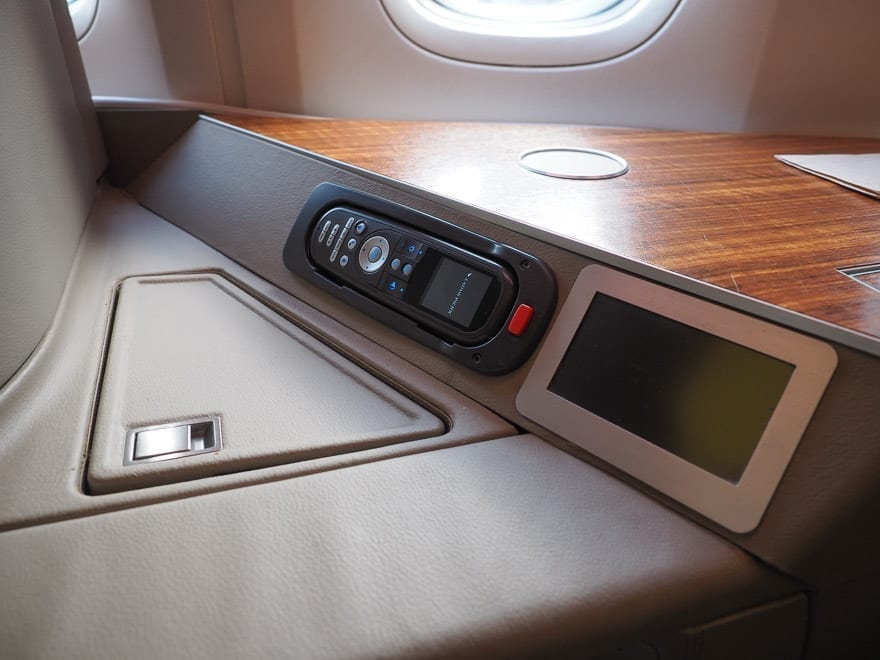 CX F MXP 9 - REVIEW - Cathay Pacific : First Class - B777 - Milan (MXP) to Hong Kong (HKG)