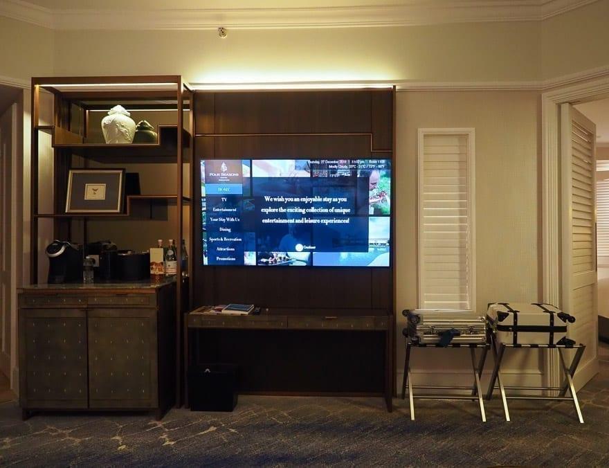 FS Singapore exec suite 12 - REVIEW - Four Seasons Singapore: Executive Suite