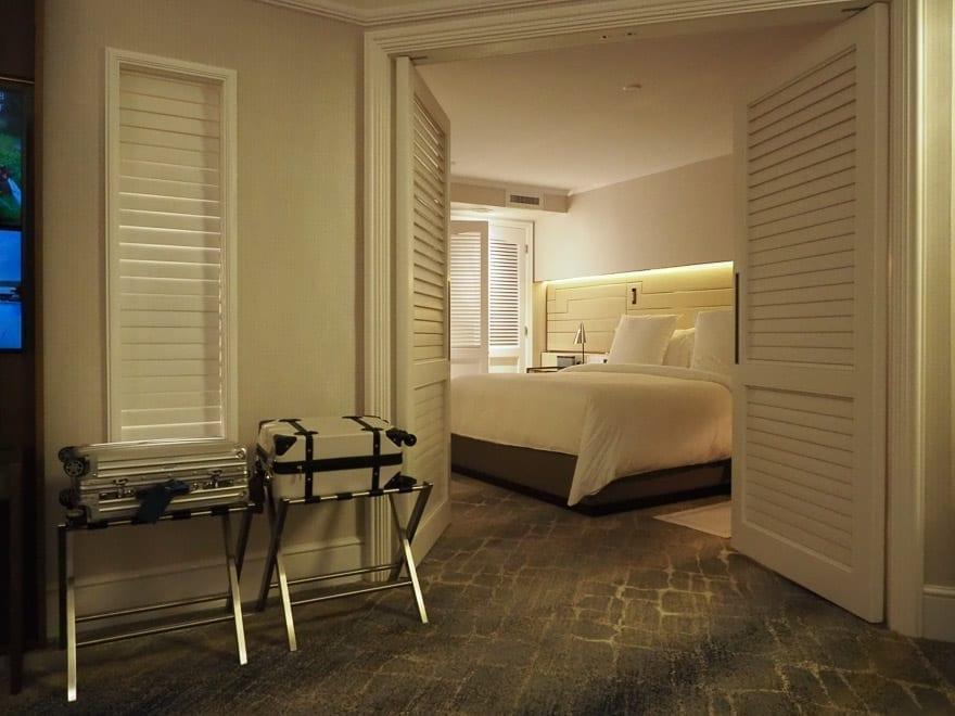 FS Singapore exec suite 14 - REVIEW - Four Seasons Singapore: Executive Suite