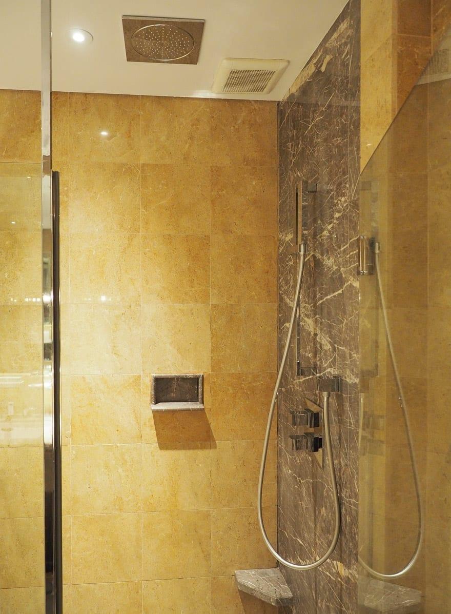 FS Singapore exec suite 31 - REVIEW - Four Seasons Singapore: Executive Suite