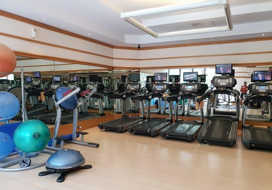 FS Singapore exec suite 60 - REVIEW - Four Seasons Singapore: Executive Suite