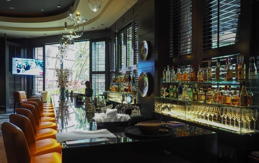 FS Singapore exec suite 65 - REVIEW - Four Seasons Singapore: Executive Suite