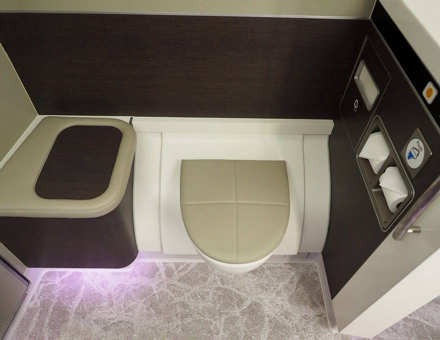 SQ new suites PVG 78 - REVIEW - Singapore Airlines : (NEW) First Class Suites - A380 - Shanghai (PVG) to Singapore (SIN)
