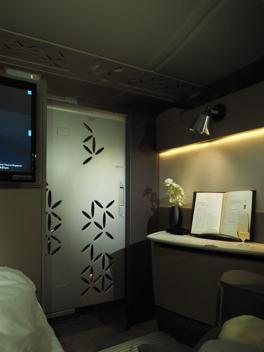SQ new suites PVG 83 - REVIEW - Singapore Airlines : (NEW) First Class Suites - A380 - Shanghai (PVG) to Singapore (SIN)