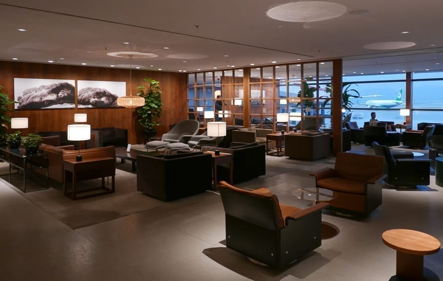 pier J HKG 13 - REVIEW - Cathay Pacific : The Pier Business Class Lounge - Hong Kong HKG