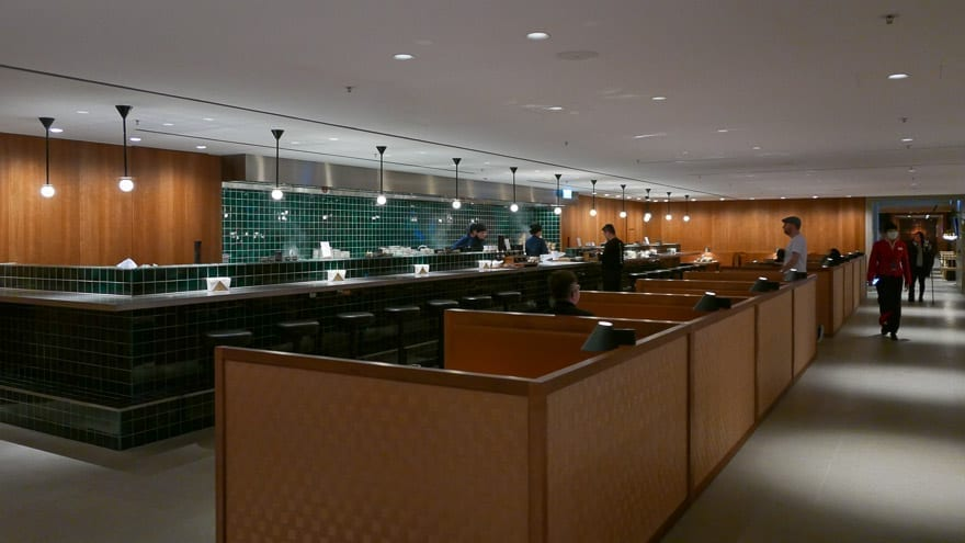 pier J HKG 24 - REVIEW - Cathay Pacific : The Pier Business Class Lounge - Hong Kong HKG
