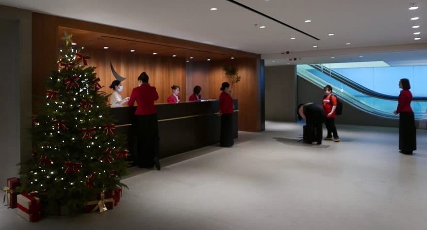 pier J HKG 5 - REVIEW - Cathay Pacific : The Pier Business Class Lounge - Hong Kong HKG