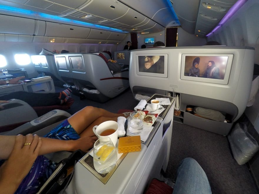 qr 772 1 - REVIEW - Qatar Airways : Business Class - A350 - Tokyo (HND) to Doha (DOH)