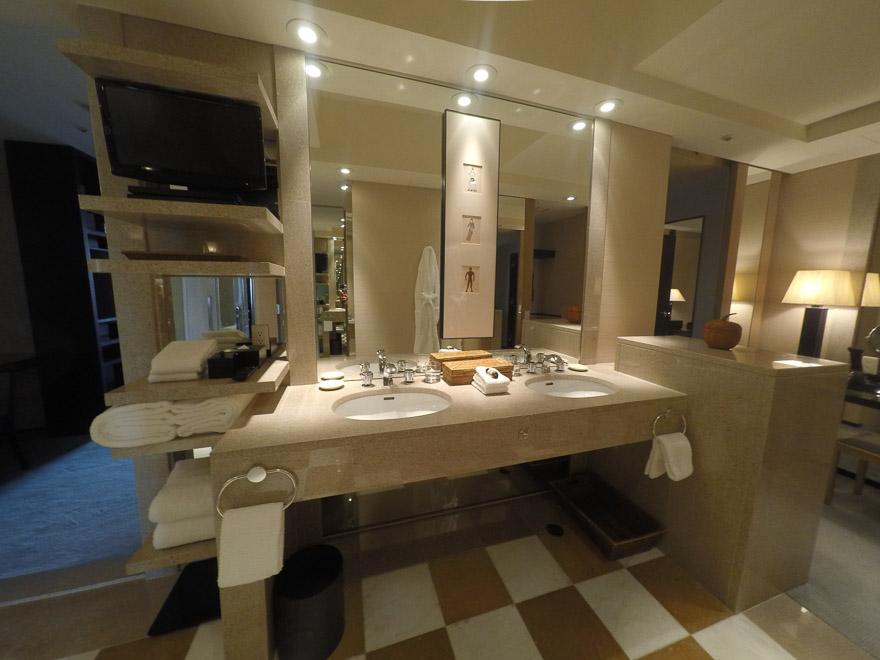 PH Tokyo suite 66 - REVIEW - Park Hyatt Tokyo : Park Suite (NYE Stay)