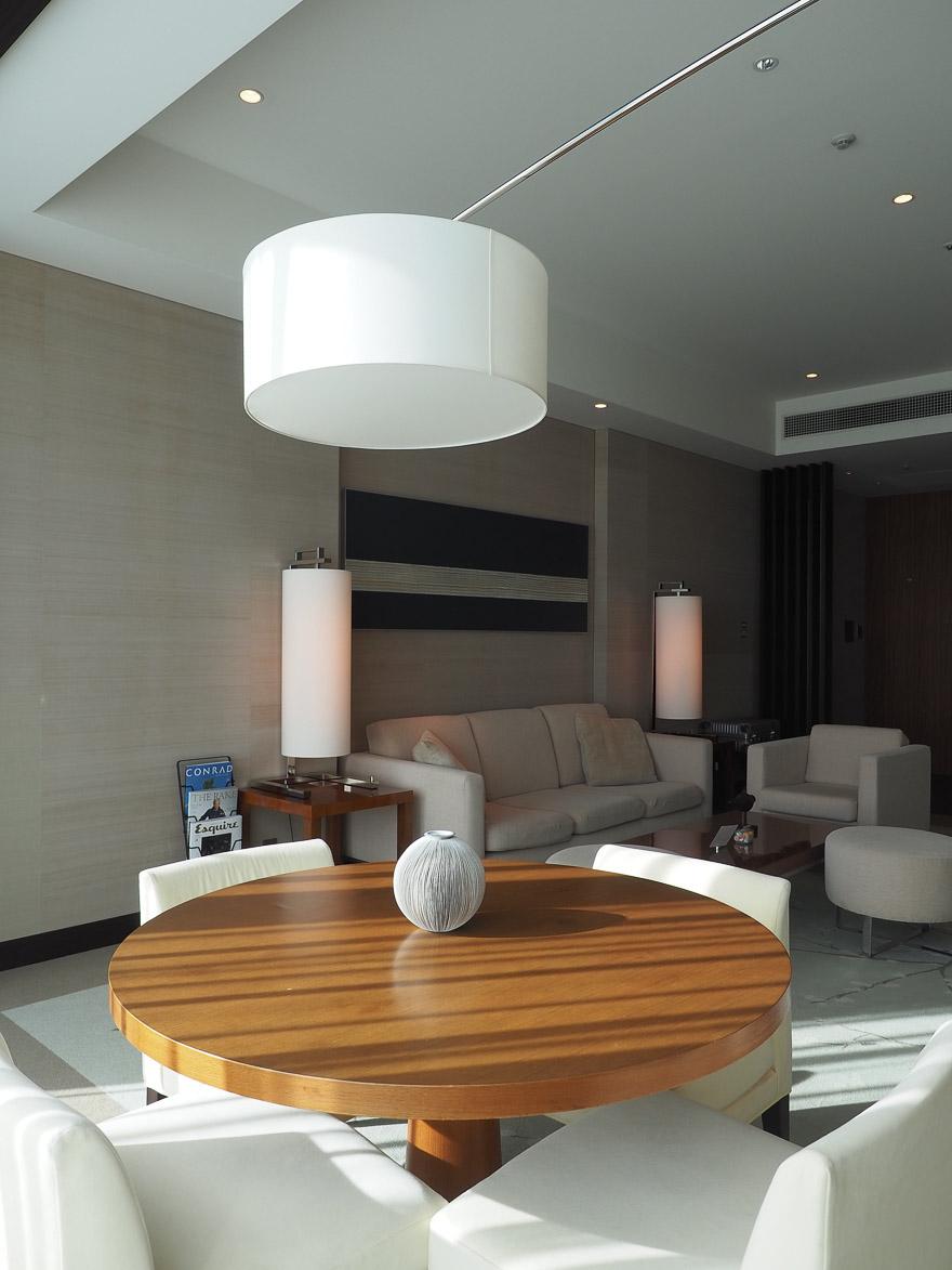 conrad tokyo corner suite bay view 14 - REVIEW - Conrad Tokyo : Two Bayview Suites & A Corner Bayview Suite