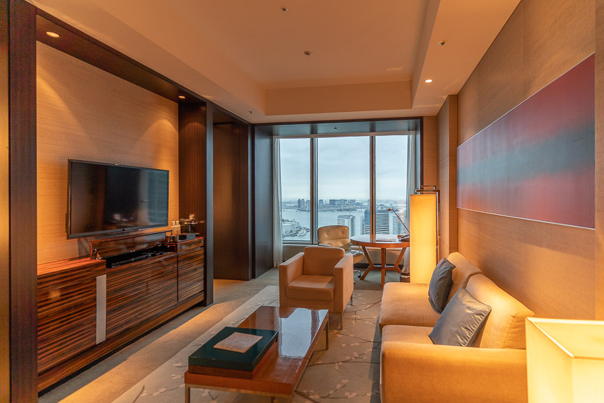 conrad twin suite bay view 2 - REVIEW - Conrad Tokyo : Two Bayview Suites & A Corner Bayview Suite