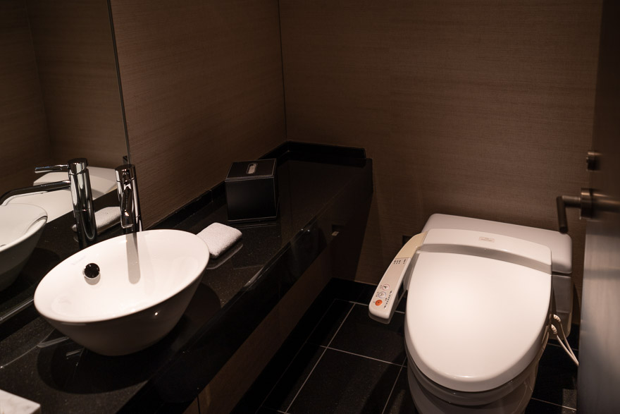 conrad twin suite bay view 5 - REVIEW - Conrad Tokyo : Two Bayview Suites & A Corner Bayview Suite