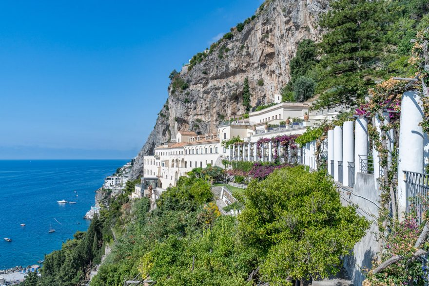 NH convento amalfi 6 880x587 - Detailed luxury hotel reviews