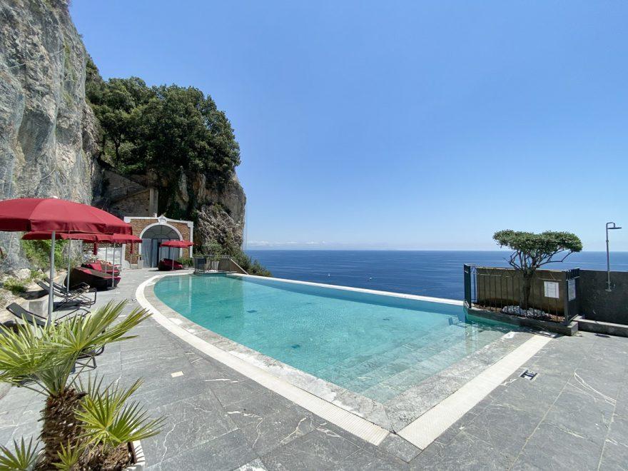 NH convento amalfi 83 880x660 - REVIEW - NH Collection Grand Hotel Convento di Amalfi : Junior Suite with Tatami bed [COVID-era]