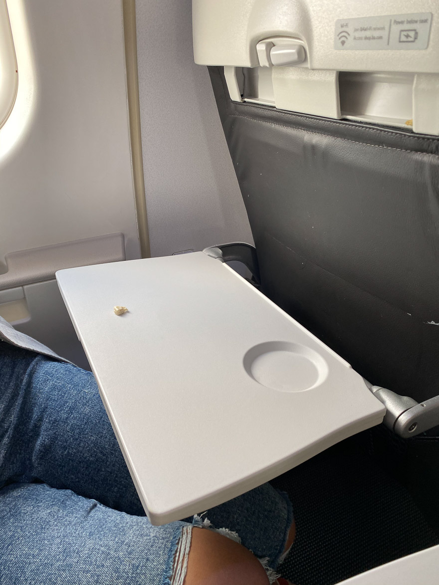 covid Club Europe A321 2 - REVIEW - British Airways : Club Europe Business Class - A319 - London (LHR) to Rome (FCO) - [COVID-era]