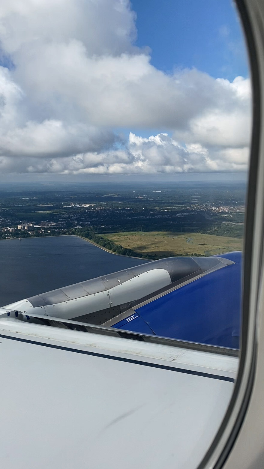 covid Club Europe A321 4 - REVIEW - British Airways : Club Europe Business Class - A319 - London (LHR) to Rome (FCO) - [COVID-era]