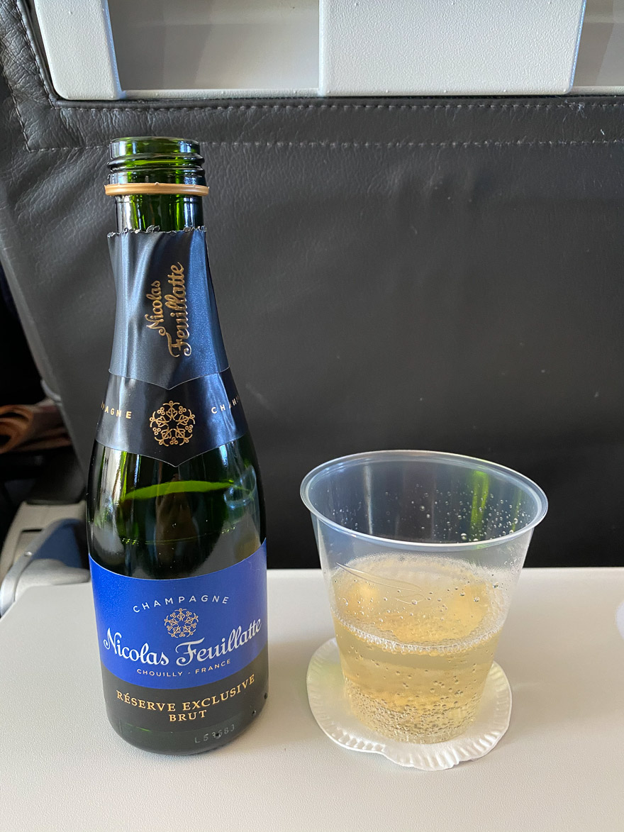 covid Club Europe A321 9 - REVIEW - British Airways : Club Europe Business Class - A319 - London (LHR) to Rome (FCO) - [COVID-era]