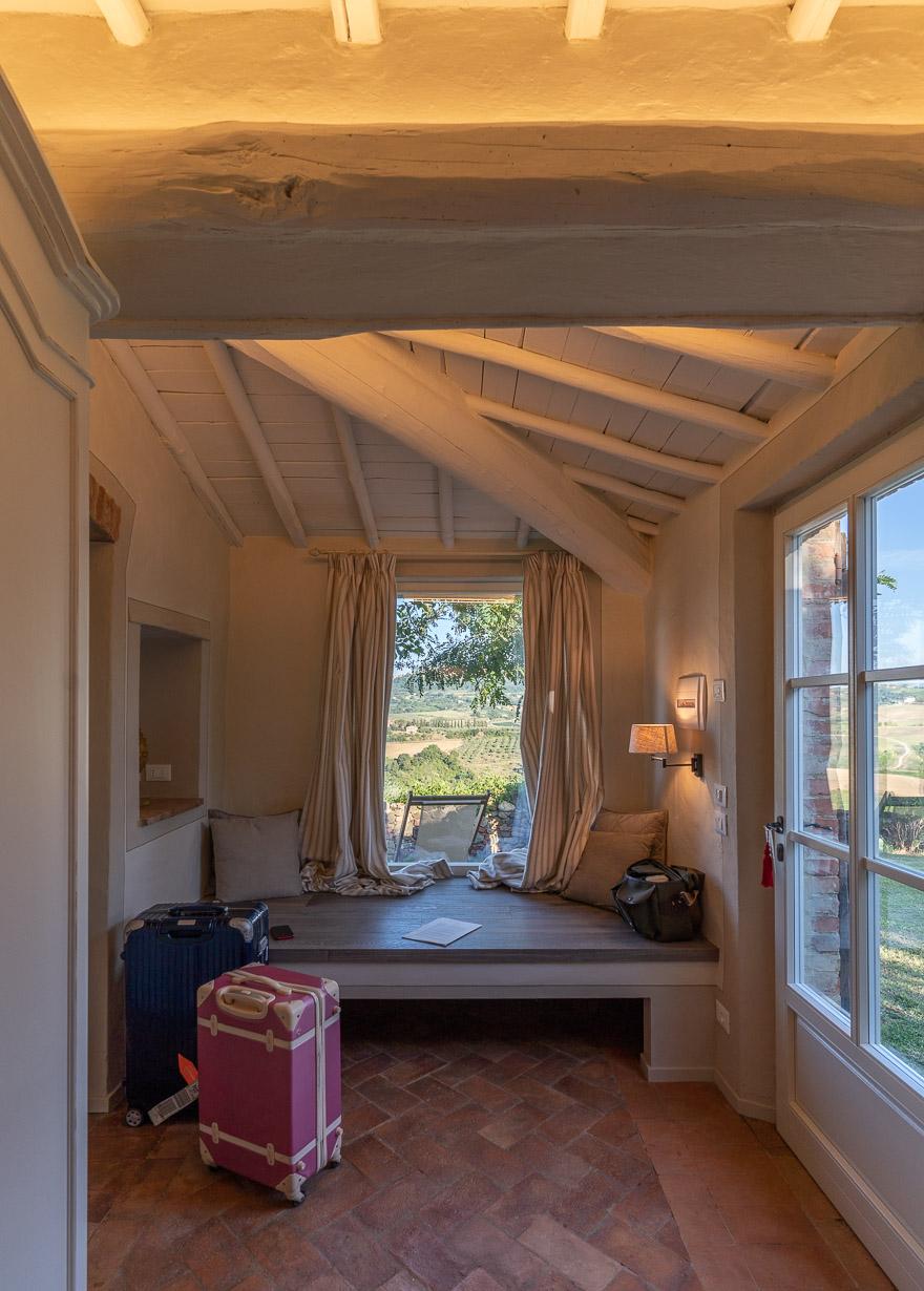 lupaia 17 - REVIEW - Lupaia : San Biagio Suite [COVID-era]