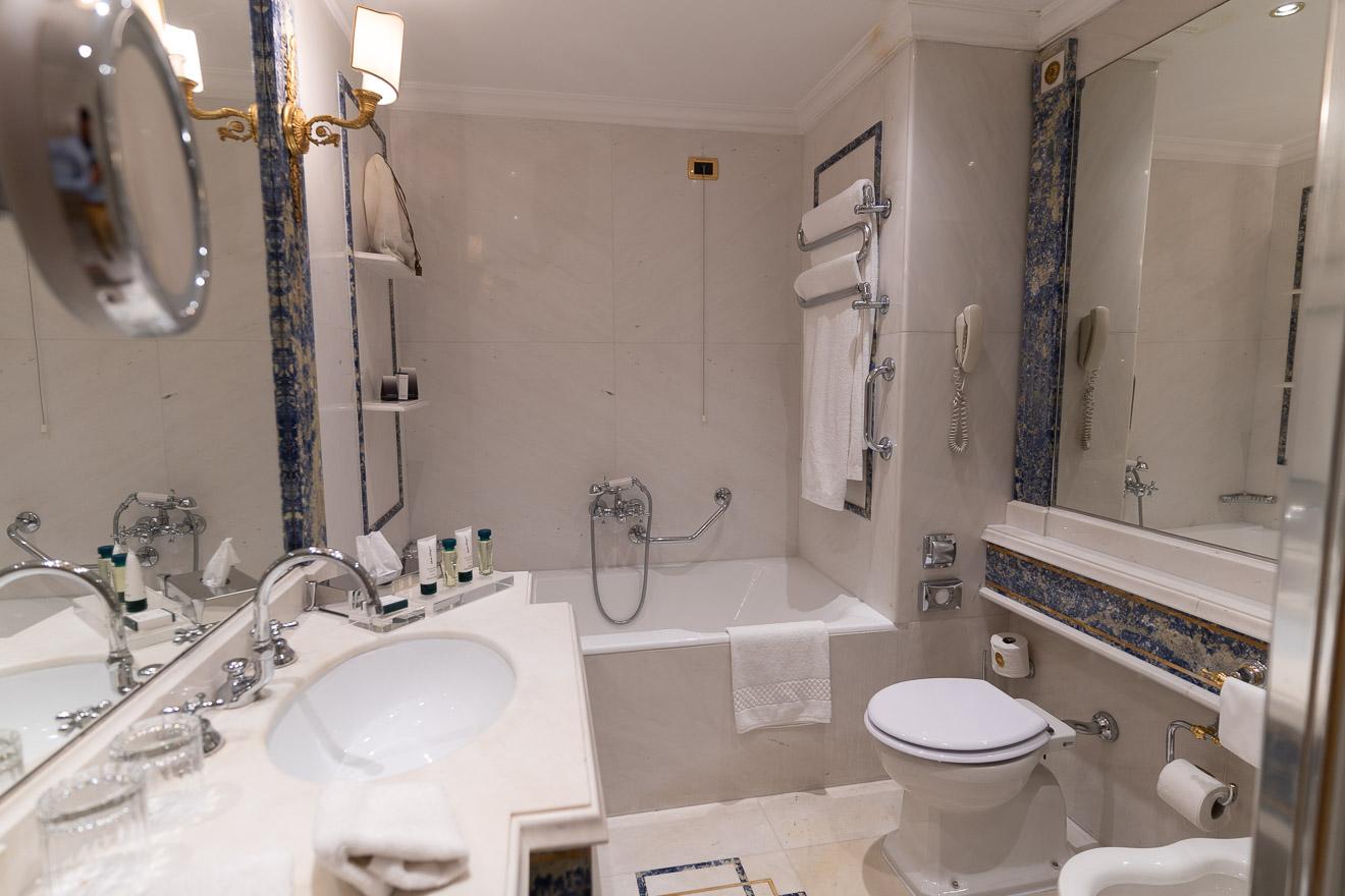 waldorf cavalieri 26 - REVIEW - Rome Cavalieri a Waldorf Astoria Hotel : Premium Rome View Room [COVID-era]