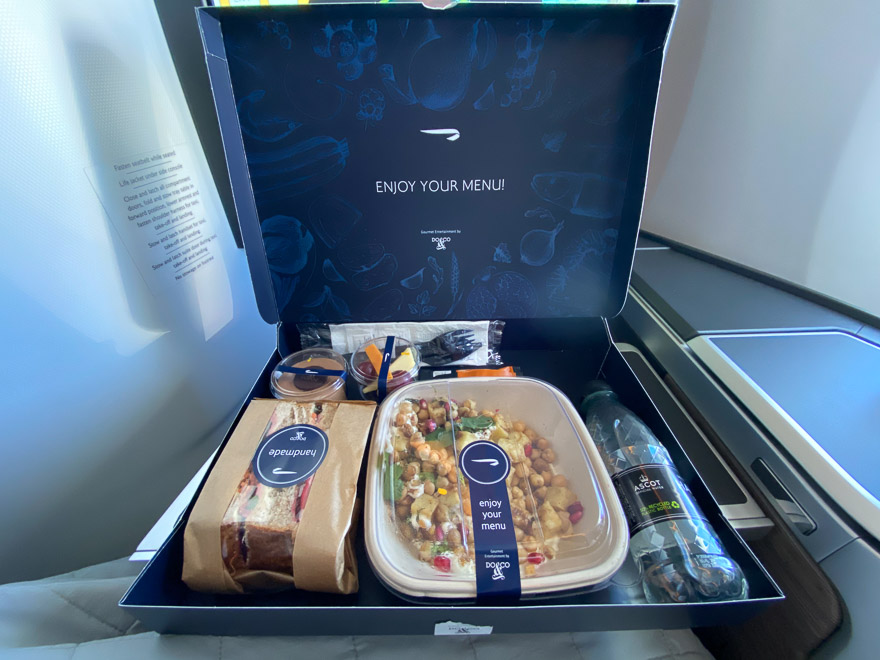 Club suites 47 - REVIEW - British Airways : Club Suites Business Class - A350 - London (LHR) to Dubai (DXB) and back - [COVID-era]