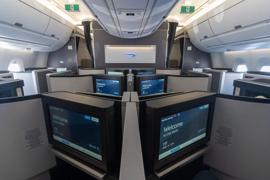 Club suites mini cabin 1 880x587 - GUIDE - Visiting Dubai during COVID