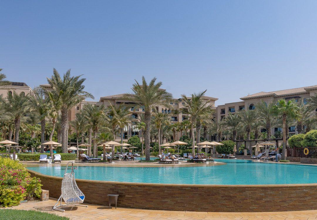 pool FS jumeirah 1 1080x750 - GUIDE - Visiting Dubai during COVID