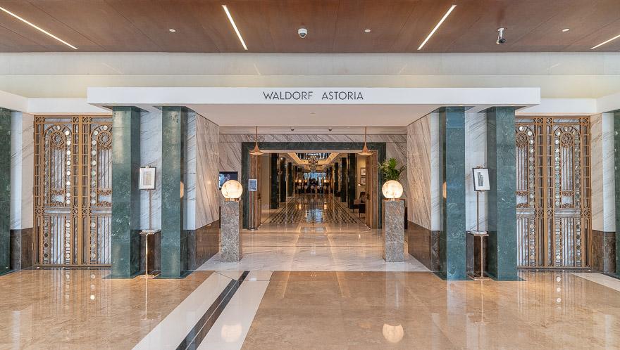 waldorf DIFC 2 - REVIEW - Waldorf Astoria Dubai DIFC : King Corner Suite [COVID-era]