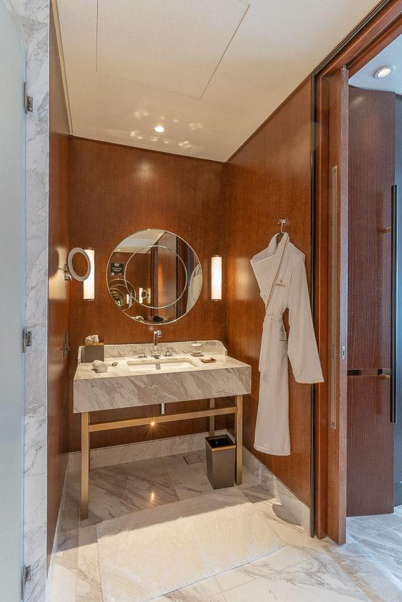 waldorf DIFC 40 - REVIEW - Waldorf Astoria Dubai DIFC : King Corner Suite [COVID-era]