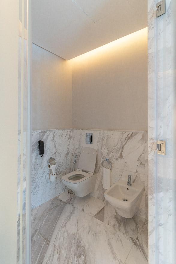 waldorf DIFC 42 - REVIEW - Waldorf Astoria Dubai DIFC : King Corner Suite [COVID-era]
