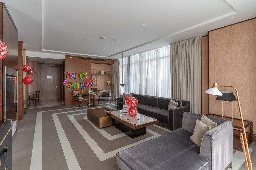 waldorf DIFC 7 - REVIEW - Waldorf Astoria Dubai DIFC : King Corner Suite [COVID-era]