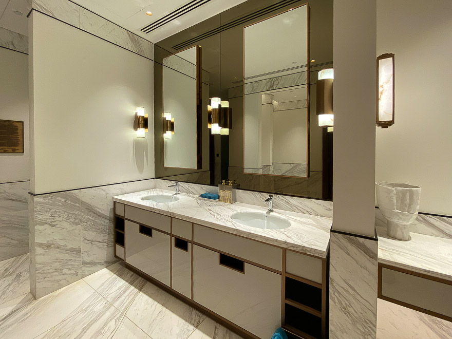 waldorf DIFC 79 - REVIEW - Waldorf Astoria Dubai DIFC : King Corner Suite [COVID-era]