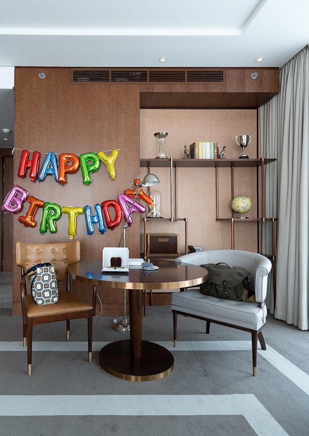 waldorf DIFC 8 - REVIEW - Waldorf Astoria Dubai DIFC : King Corner Suite [COVID-era]
