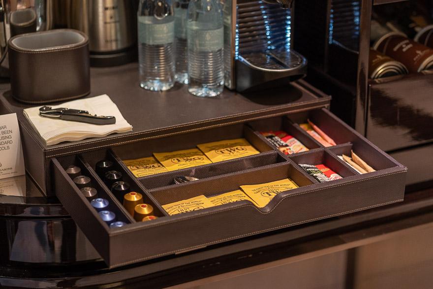 FS DIFC 36 - REVIEW - Four Seasons Dubai DIFC : Four Seasons Room & Studio Suite [COVID-era]