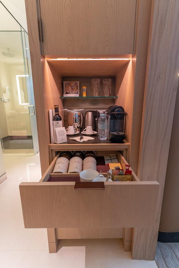FS DIFC 7 - REVIEW - Four Seasons Dubai DIFC : Four Seasons Room & Studio Suite [COVID-era]