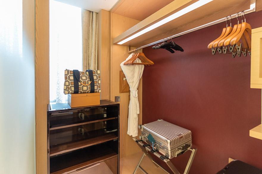 FS DIFC 9 - REVIEW - Four Seasons Dubai DIFC : Four Seasons Room & Studio Suite [COVID-era]