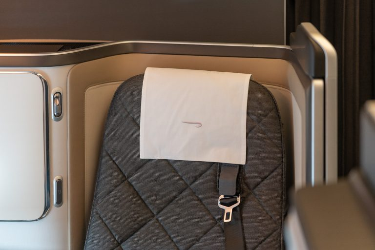 BA 77WN F 11 768x512 - REVIEW - British Airways : First Class Suites - B777 - London (LHR) to Malé (MLE) - [COVID-era]