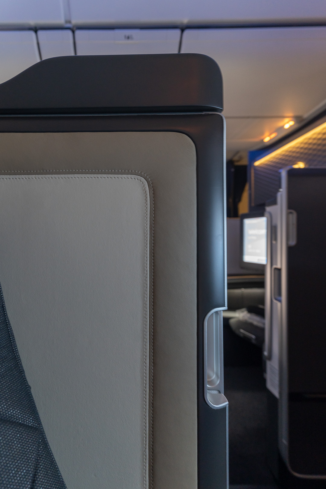 BA 77WN F 22 - REVIEW - British Airways : First Class Suites - B777 - London (LHR) to Malé (MLE) - [COVID-era]