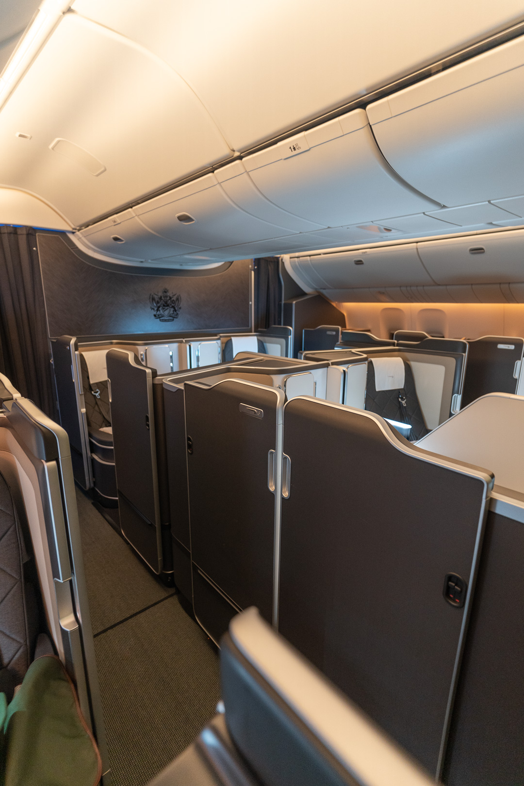 BA 77WN F 47 - REVIEW - British Airways : First Class Suites - B777 - London (LHR) to Malé (MLE) - [COVID-era]