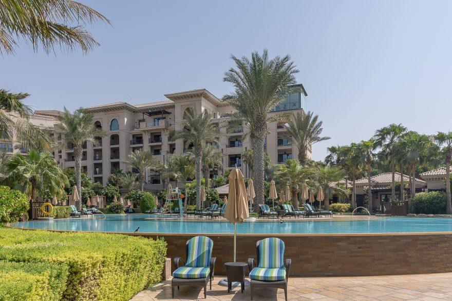 FS Jumeirah 24 880x587 - REVIEW - Four Seasons Dubai at Jumeirah Beach : Deluxe City-View Room [COVID-era]