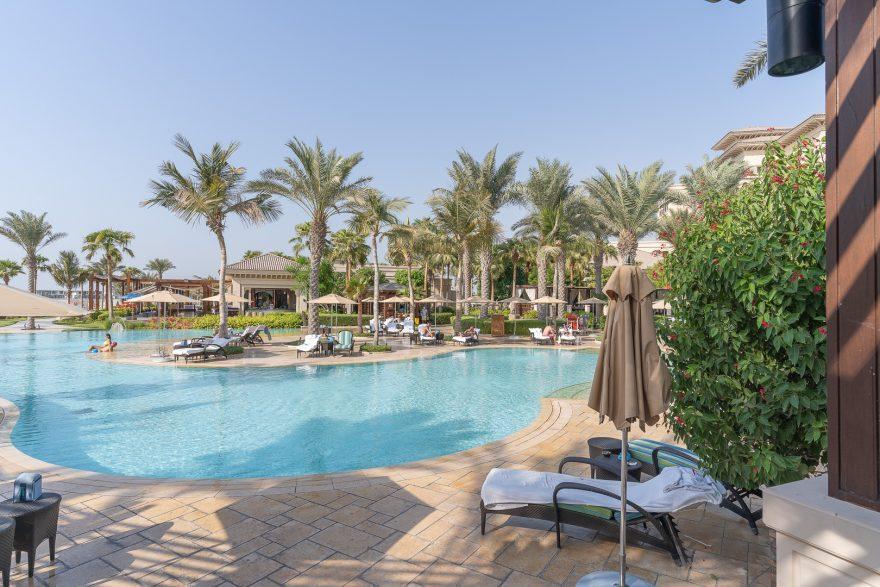 FS Jumeirah 25 880x587 - REVIEW - Four Seasons Dubai at Jumeirah Beach : Deluxe City-View Room [COVID-era]