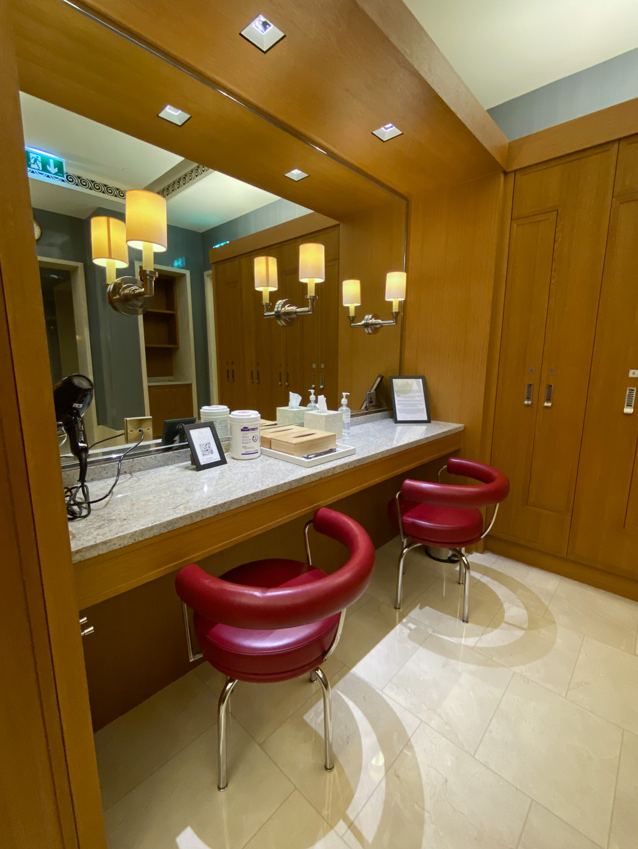 FS Jumeirah 46 - REVIEW - Four Seasons Dubai at Jumeirah Beach : Deluxe City-View Room [COVID-era]
