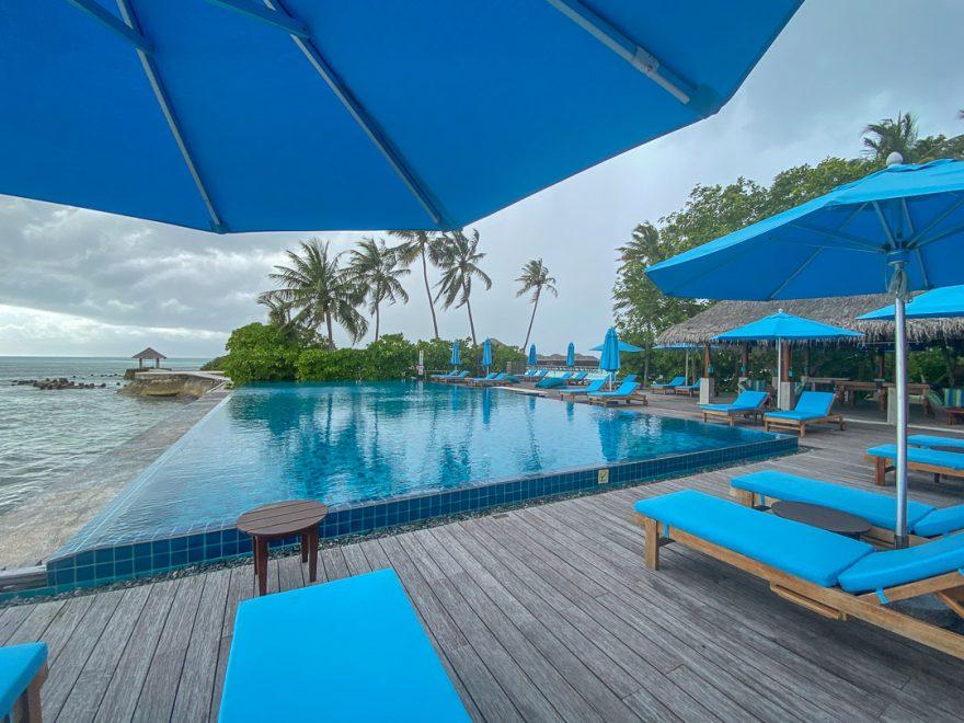 anantara veli 115 880x660 - REVIEW - Anantara Veli : Deluxe Over Water Pool Bungalow