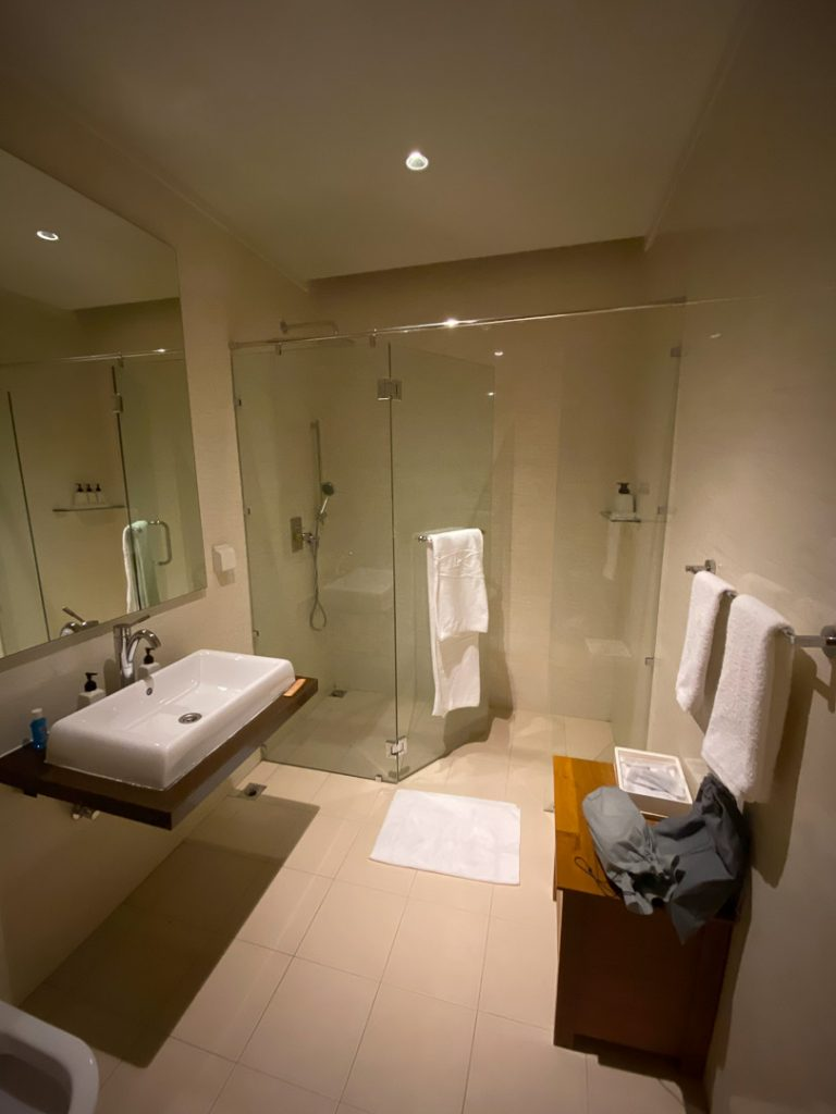 finolhu 12 768x1024 - REVIEW - Finolhu : Ocean Pool Villa
