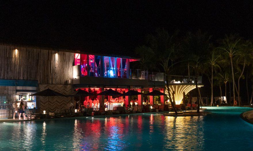 finolhu 137 880x527 - REVIEW - Finolhu : Ocean Pool Villa